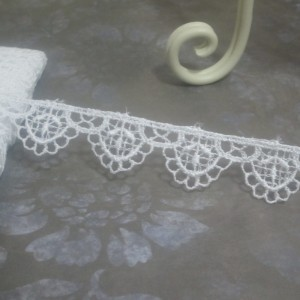 White Scalloped Venise Lace #03 - 1yd