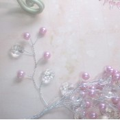 Pearl & Acrylic Spray